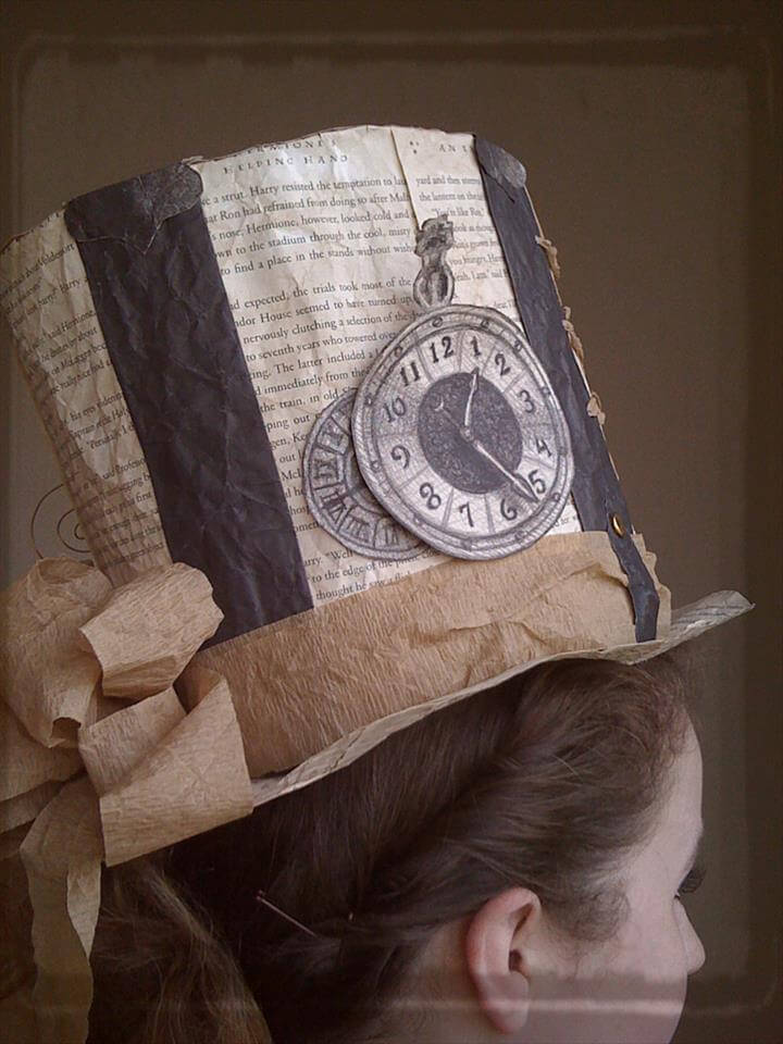 book hat