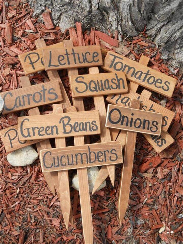 Wood Garden Marker, Garden Sign, Hand painted Cedar Wood Sign, Vegetable Garden Row