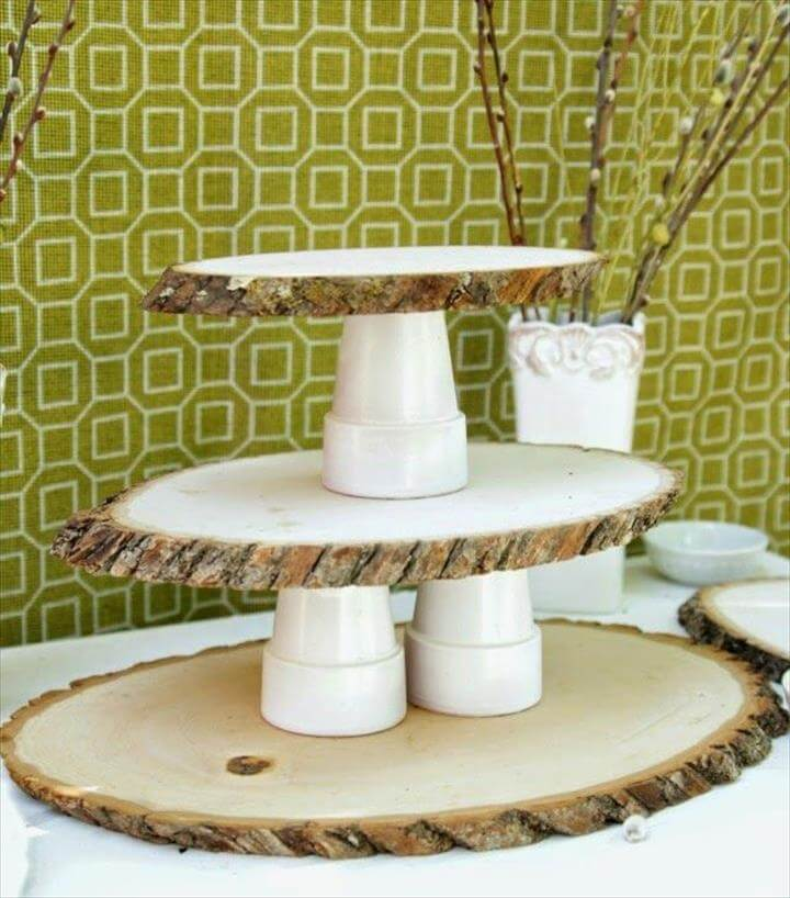 Wood Tree stand cupcake