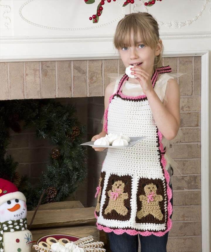Gingerbread Man Apron Crochet Pattern