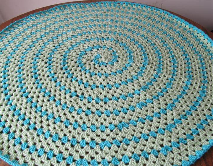 Crochet and Knit: Testers Found - Spiral Round Granny Blanket