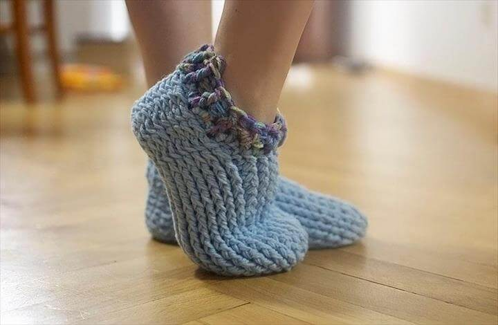 Adult Chunky Slippers crochet pattern