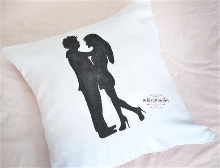 Couple Silhouette Pillow DIY with Pattern (Homemade Gift Ideas .