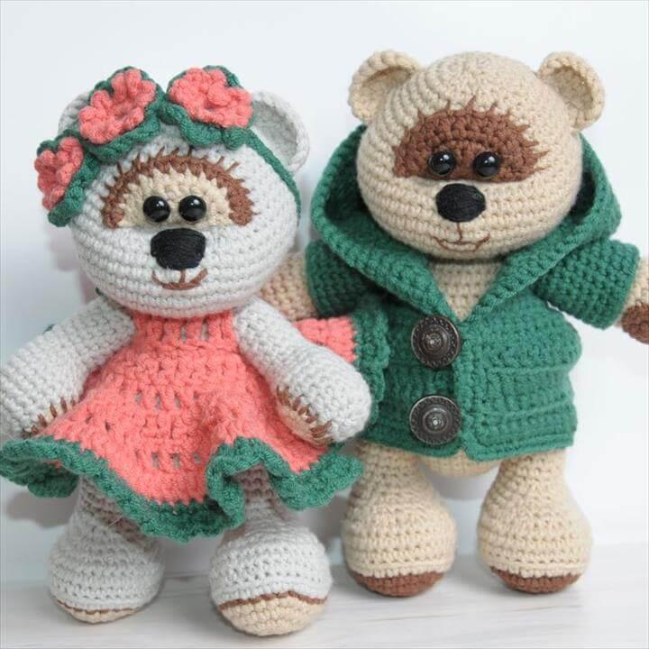 Amigurumi teddy bears in love - free crochet pattern