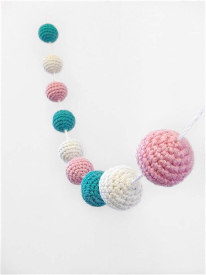Crochet Garland, Crochet Bunting, Crochet Ball, Crochet Ball Garland, Baby Shower decor
