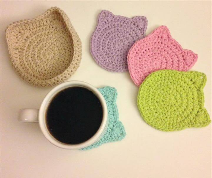 crocheted cat coasters sets