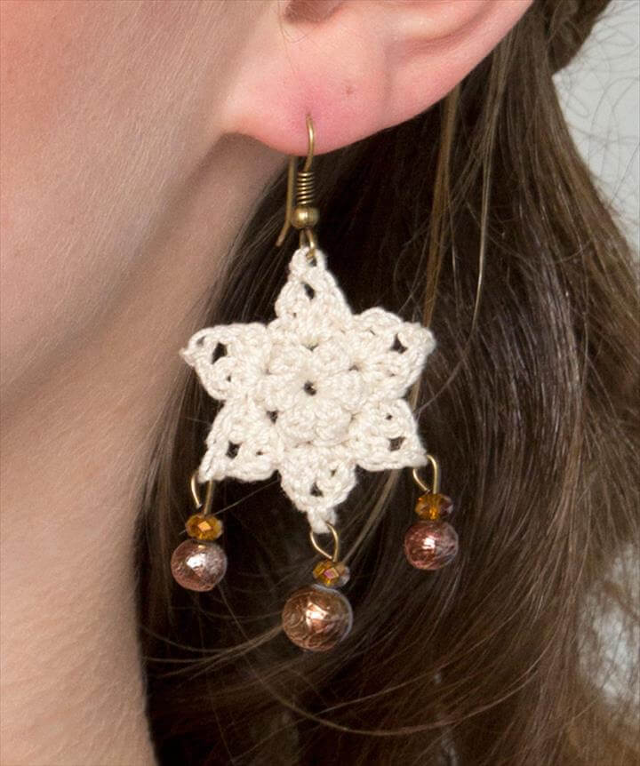 Dangling Star Earrings Free Crochet Pattern