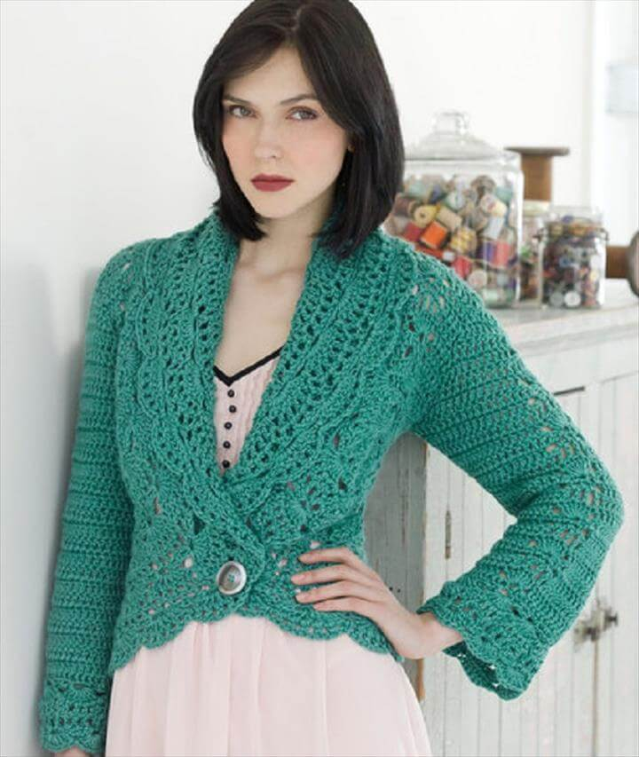 Here is my Afghan square free crochet pattern, it's been a busy week but finally I have made this simple easy design. I love the raised stitch effect which gives a lovely textured finish, it's also super quick to crochet.