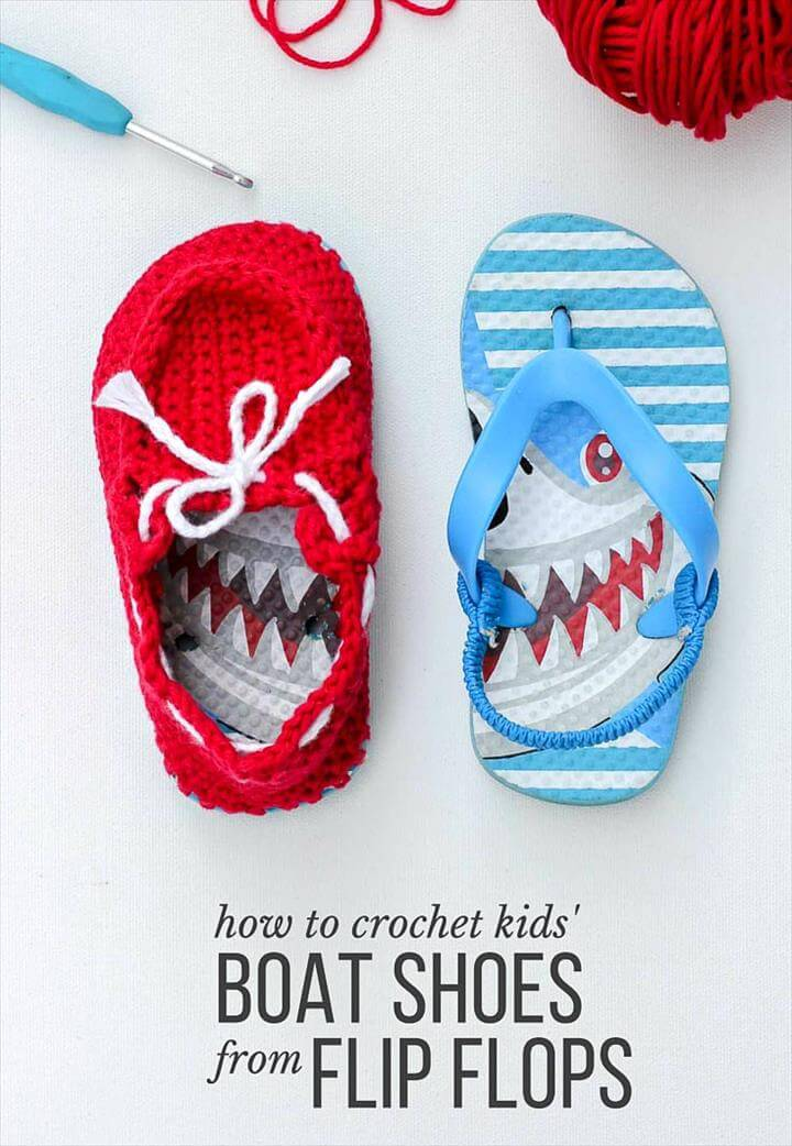 Turn cheap flip flops into crochet toddler slippers with this free pattern. The boat shoe