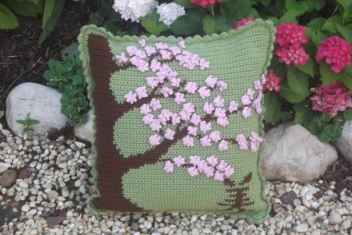 20 Easy To Make Crochet Pillow Ideas Diy To Make