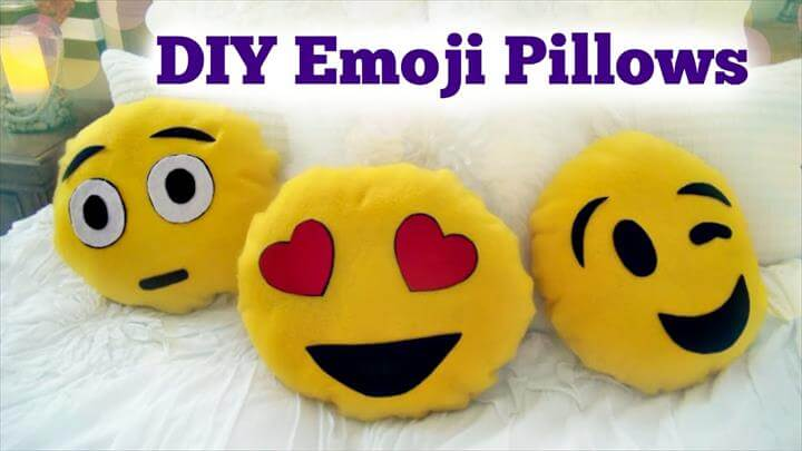 DIY Emoji Pillow - No Sew