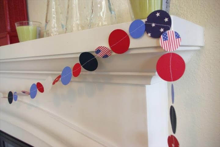 Simple DIY 4th Of July Garland
