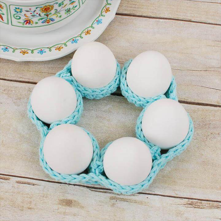 Crochet Egg Cozy Pattern ... Awesome Easter Table Decor