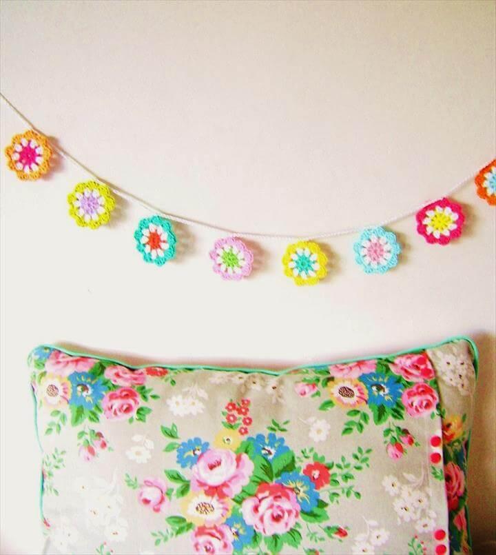 using crochet motifs - make a flower garland