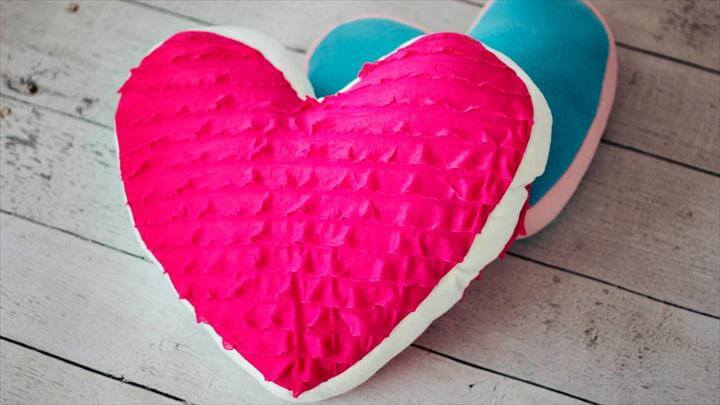 diy heart pillow design