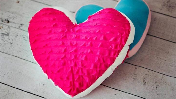 diy heart pillow design