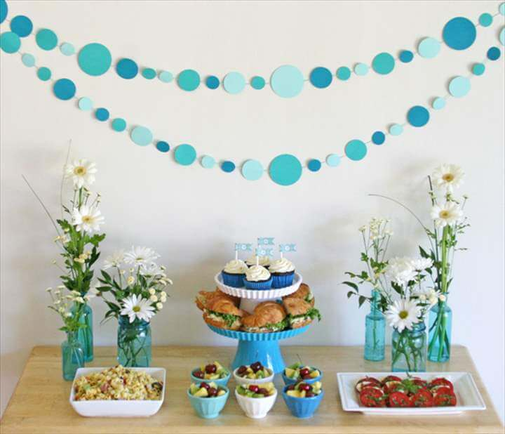 Easy Paper Polka-dot Garland Tutorial