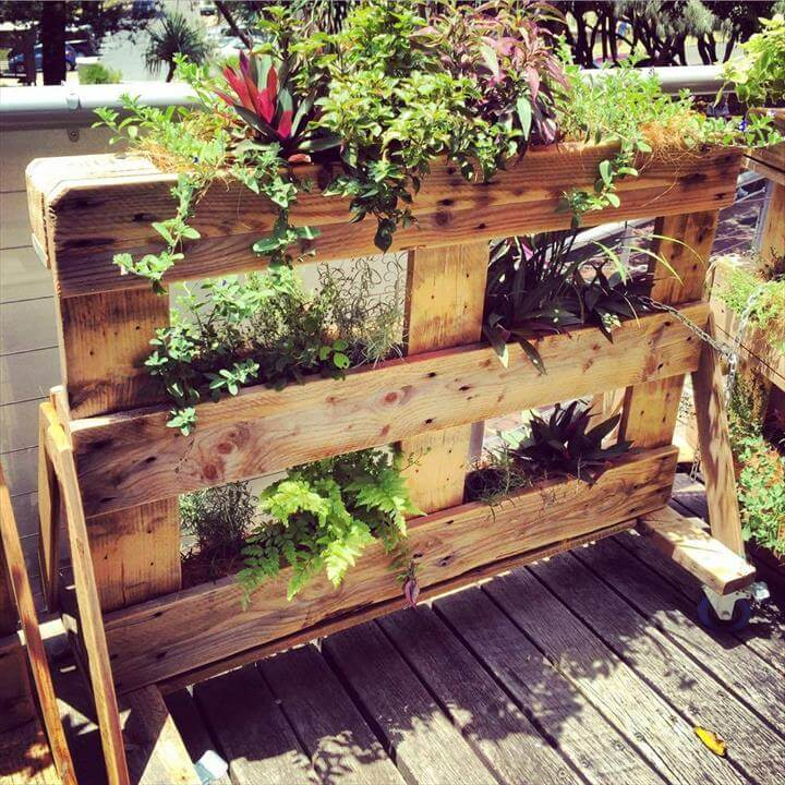 diy pallet garden planters