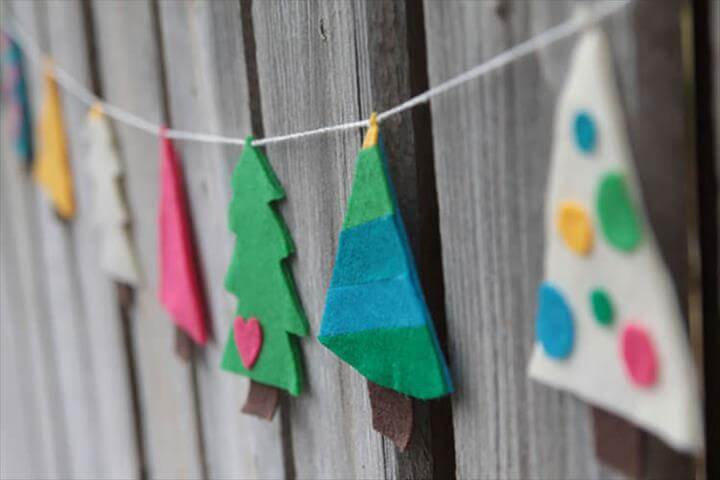 DIY Christmas garlands for the holidays.