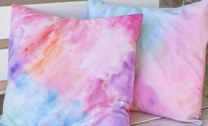 DIY Projects That Will Make You Obsessed With Water Color