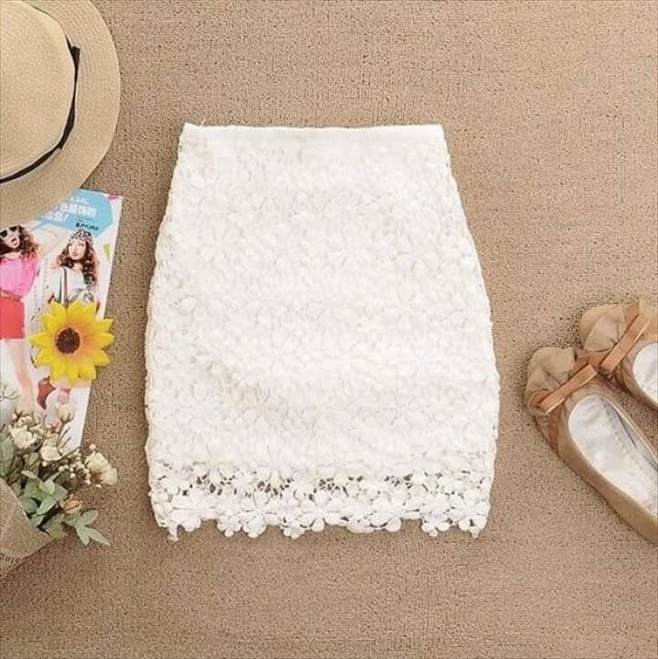 White A-line Flowers Crochet Skirt