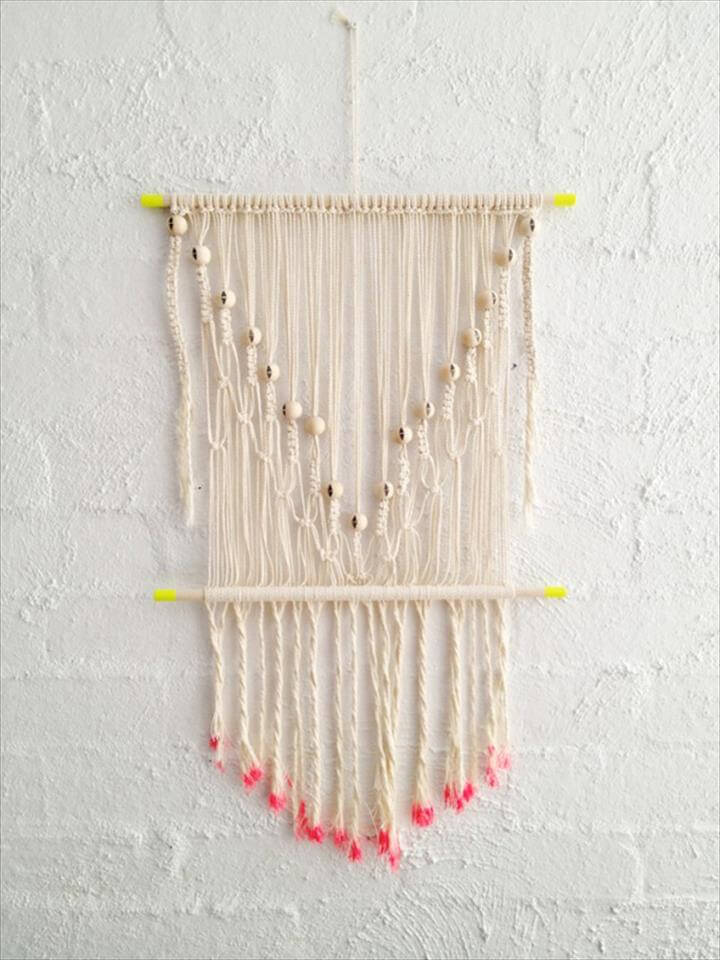 T-shirt yarn projects | DIY macrame wall hanging