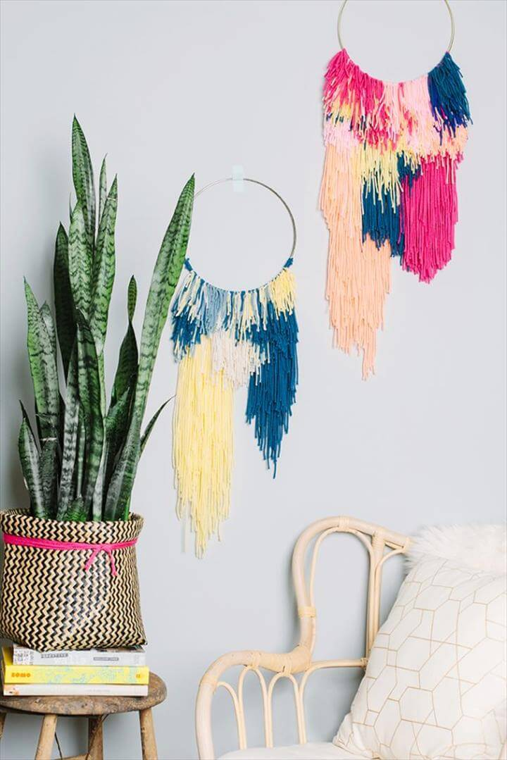Awesome DIY Yarn Wall Hangings You Will Love To Make