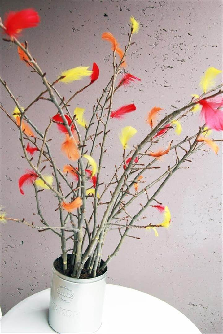 Feathered twig planter