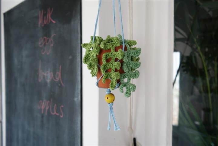 Macrame crochet hanging pot
