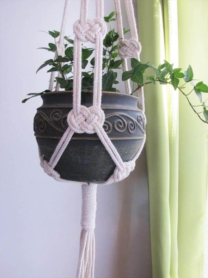 Macrame Plant Hanger DIY:
