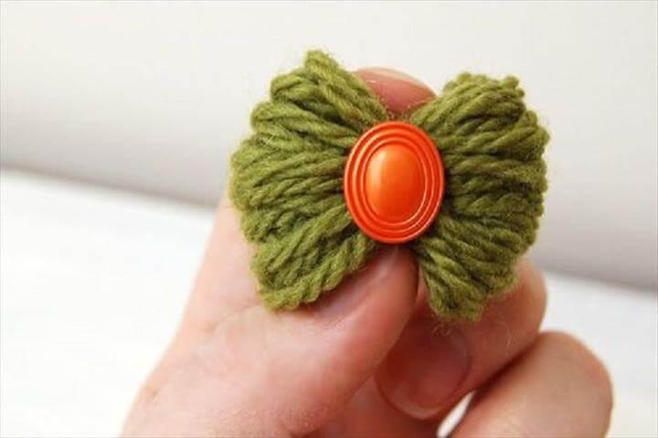 Petite Yarn Bow