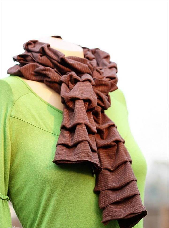 Pleated Knit Scarf