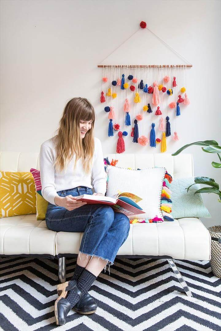 Ridiculously Adorable Pom-Pom Tassel Wall Hanging