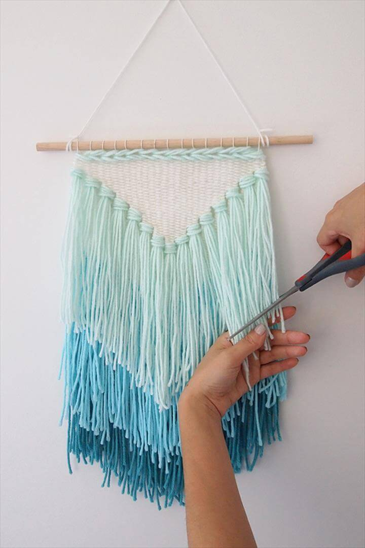 DIY weaving- How to make a tassel wall hanging - Trim