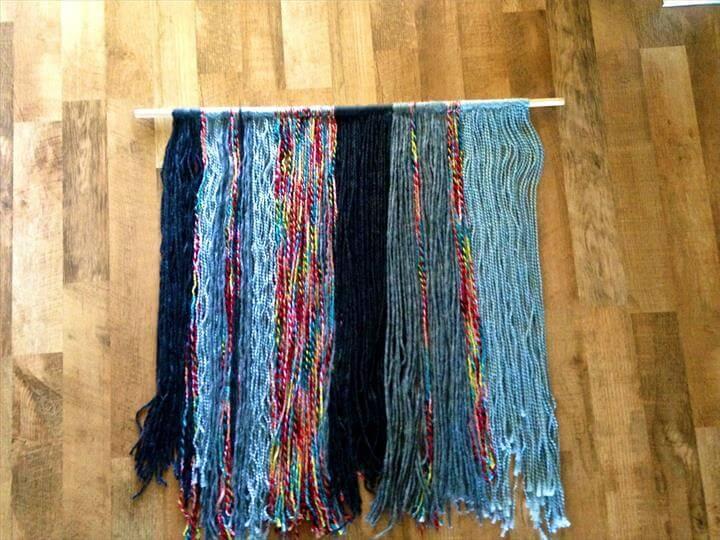 diy yarn wall hanging finished