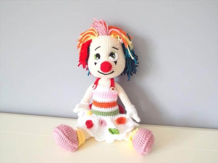 Crochet clown doll amigurumi kids toys gift ideas home decor stuffed dolls knitted dolls girls baby shower collectible doll handmade doll