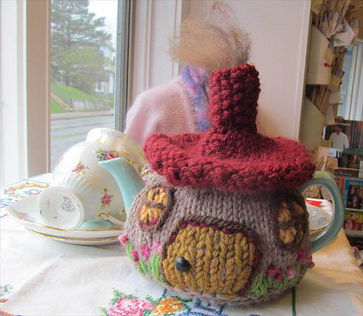 Hobbit Cottage Tea Cozy