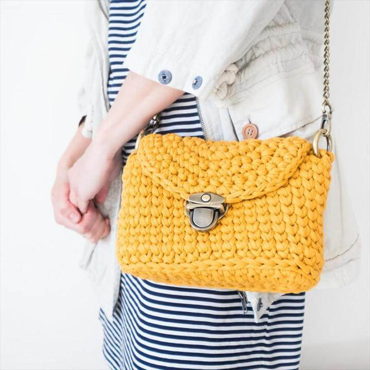 Women's Crossbody Bag, Handmade Crochet Shoulder Bag, Cotton Yellow Crossbody / Summer Crochet Bag with Chain Handle