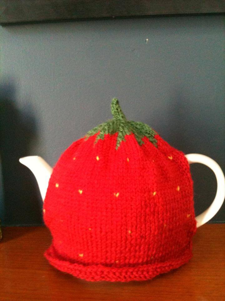 Strawberry cosy