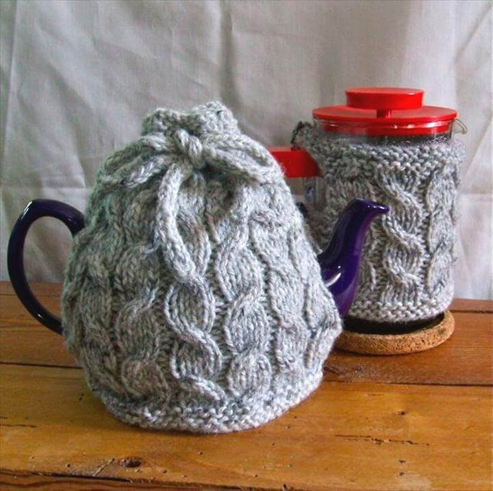 Cabled Cafetière & Tea Cozy