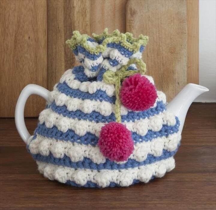 Crocheted tea cosy pattern
