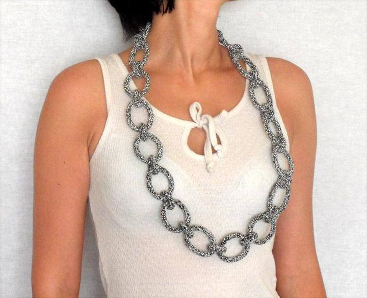 chain necklace, crochet necklace