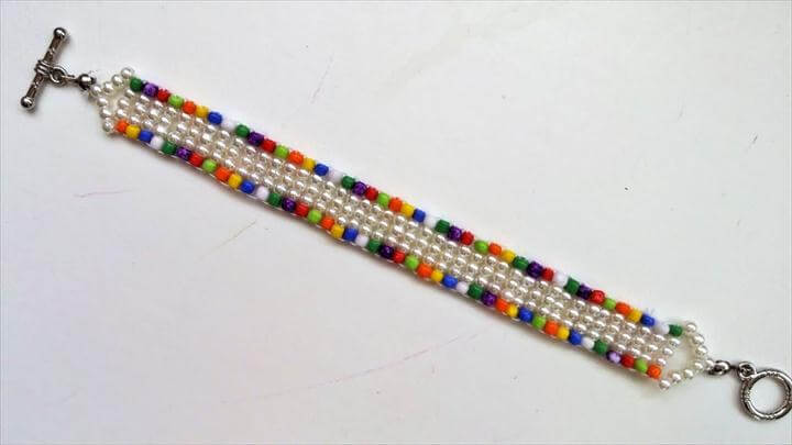 DIY Easy Colored Bracelet