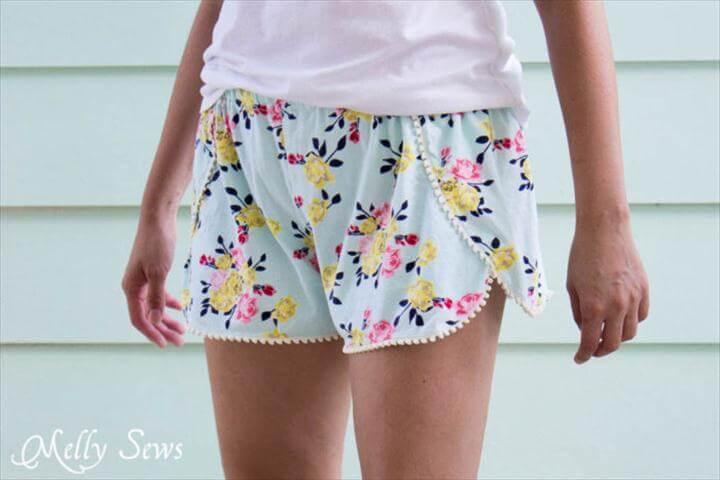 DIY Pom Pom Trim Shorts