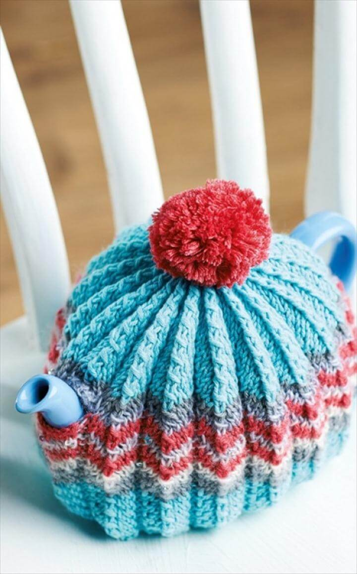 crochet pom pom tea cozy