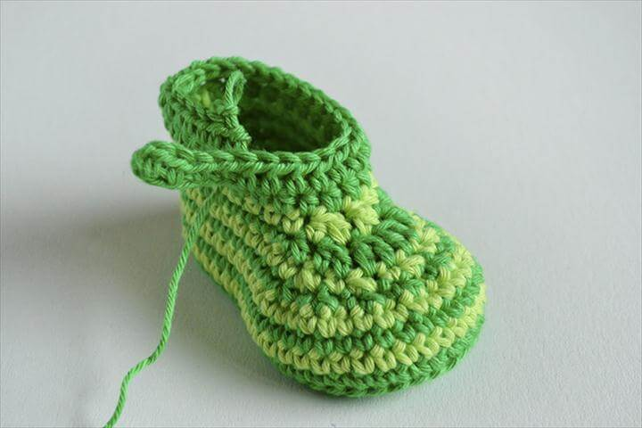 FREE Crochet Pattern Green Zebra