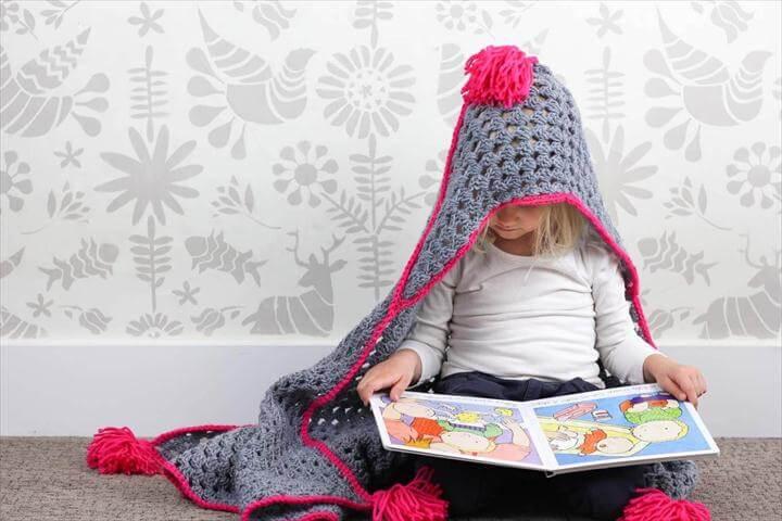 Crochet Hooded Baby Blanket – Free Charity Pattern