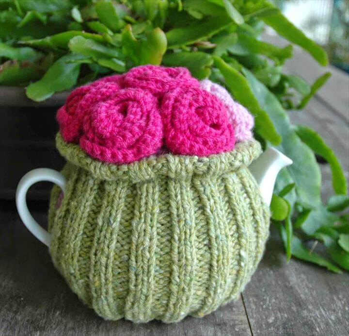 crochet flower tea cozy
