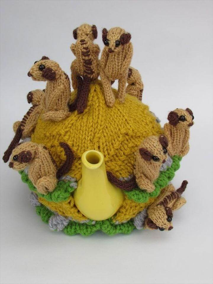 Meerkat Tea Cosy Knitting Pattern
