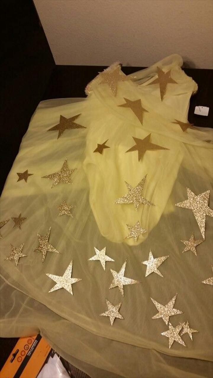 DIY shooting star costume.